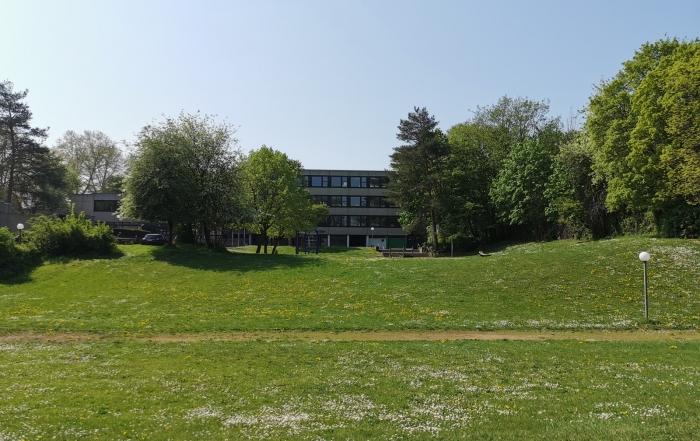 Schule-am-Hügel